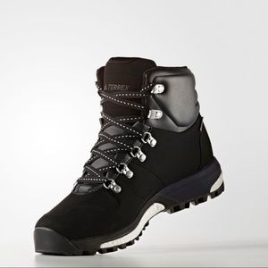 purchase 0f562 80d5a adidas terrex pathmaker climawarm boots